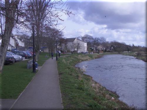 Ellon and Ythan River